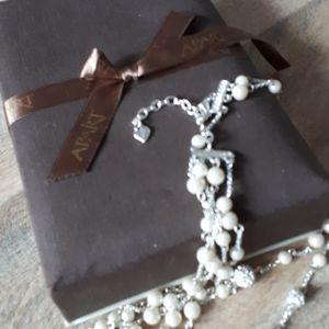 APART faux perls
